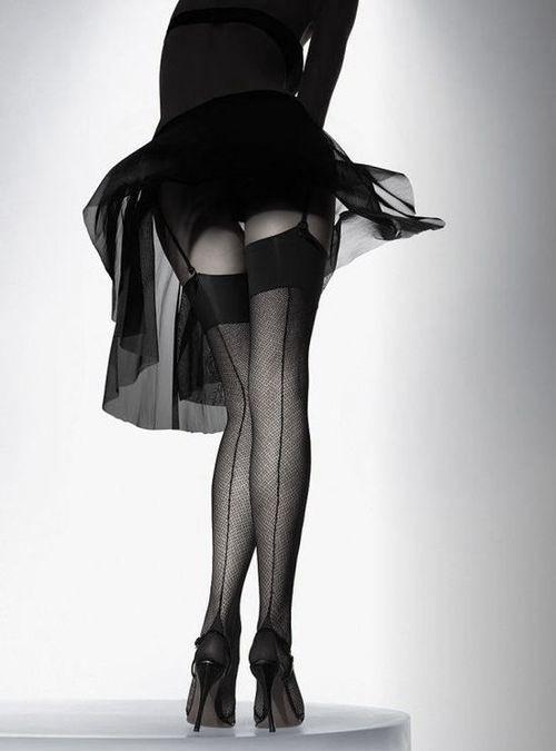 фото в жен в колготках